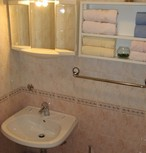 CLICK: Apartments Makarska Croatia - Bathroom: A4+1